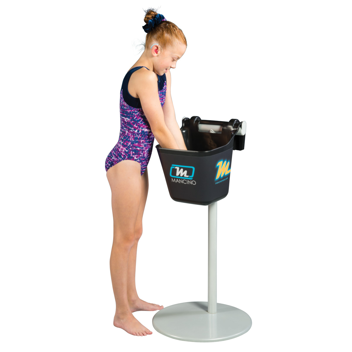 gymnast chalking up hands at chalk stand